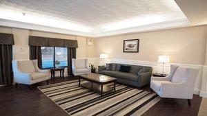 Lobby - Holiday Inn Williamsport