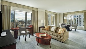 Suite - Ritz-Carlton Hotel at Boston Common