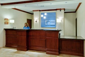Lobby - Holiday Inn Express Hotel & Suites Airport Bethlehem