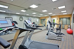 Fitness/ Exercise Room - Holiday Inn Express Hotel & Suites Hays