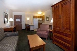 Suite - Staybridge Suites Glendale