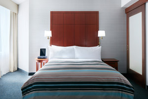 Room - Central Loop Hotel Chicago