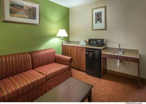 Room - Holiday Inn Express Hotel & Suites Minden