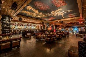 Bar - Dream Hollywood Hotel