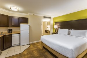 Room - Staybridge Suites Historic District Savannah