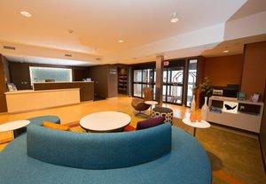 Lobby - Fairfield Inn by Marriott Burlington