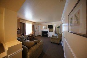 Suite - Homestead Resort Midway