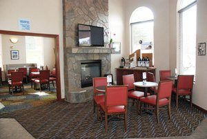 Restaurant - Holiday Inn Express Hotel & Suites Hill City