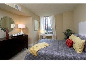 Room - Gramercy Hotel at Metropolitan Park Arlington