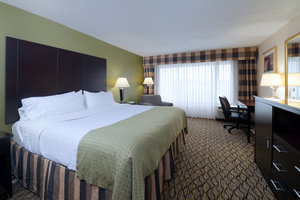 Suite - Holiday Inn Totowa