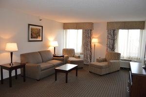 Suite - Holiday Inn Express Hotel & Suites Winner