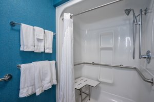 Room - Holiday Inn Express Hotel & Suites Quakertown