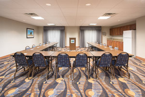 Meeting Facilities - Holiday Inn Express Hotel & Suites Concordia