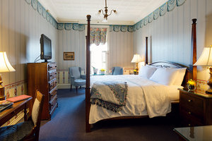 Room - St James Hotel Red Wing