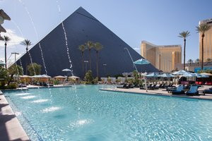 Pool - MGM Luxor Hotel & Casino Las Vegas