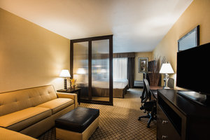 Suite - Holiday Inn Hasbrouck Heights