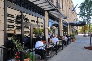 Restaurant - Magnolia Hotel Omaha