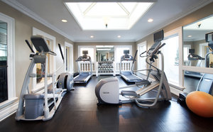 Fitness/ Exercise Room - Le Pavillon Hotel New Orleans