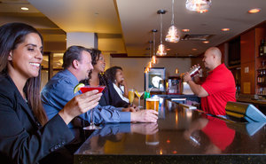 Bar - DoubleTree by Hilton Hotel Las Vegas Airport