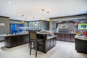 Restaurant - Staybridge Suites Glen Mills