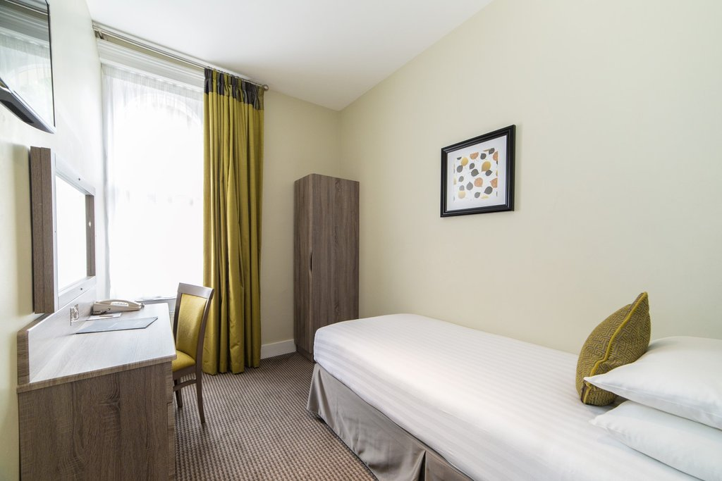 Single Bed Room TOP Phoenix Hotel London