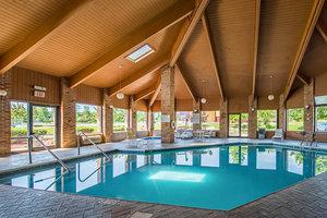 Pool Rodeway Inn Huntington