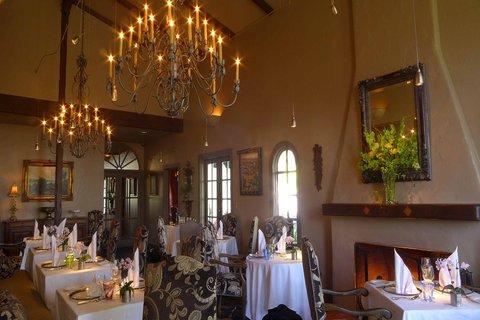 Erna\'s Elderberry House Restaurant