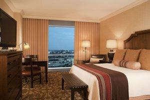 Room - Omni Fort Worth Hotel