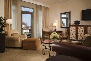 Suite - Mokara Hotel and Spa San Antonio