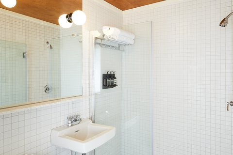 Bathroom All Rooms