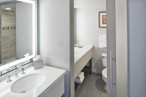 Suite - DoubleTree by Hilton Hotel Perimeter Dunwoody Atlanta