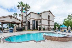 Pool - Holiday Inn Express Hotel & Suites Lake Charles
