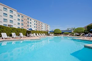 Pool - Holiday Inn Hasbrouck Heights