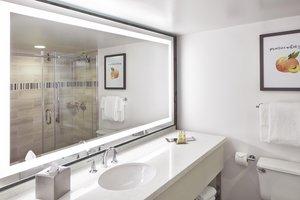 Room - DoubleTree by Hilton Hotel Perimeter Dunwoody Atlanta