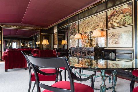 La Reserve Paris Suite Dining Lounge