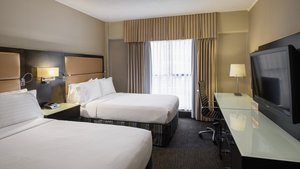Room - Holiday Inn Tower & Suites Downtown Vancouver