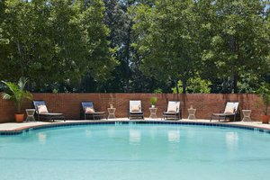 Pool - DoubleTree by Hilton Hotel Perimeter Dunwoody Atlanta