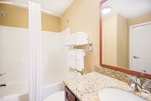- Candlewood Suites Cranberry Township