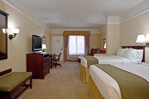 Room - Holiday Inn Express Hotel & Suites San Dimas