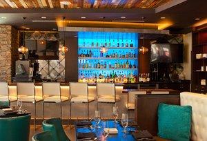 Bar - Hotel Indigo Garden District New Orleans