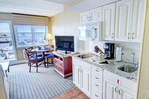 Suite - Wyndham Inn on Long Wharf Newport