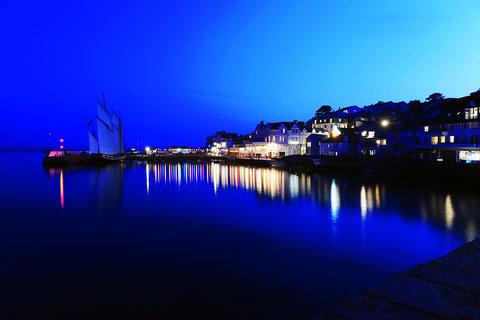 St Mawes At Night