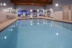 Pool - Holiday Inn Express Hotel & Suites Golden Valley