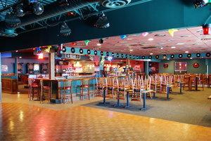 Bar - Country Inn & Suites by Radisson Fergus Falls