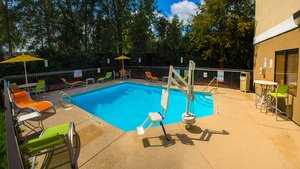 Holiday inn express hotel suites kinston nc see discounts - Seymour johnson afb swimming pool ...