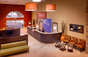 Lobby - Holiday Inn Express Hotel & Suites Mesquite
