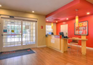 Lobby - TownePlace Suites by Marriott Arundel Mall Hanover