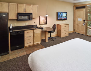 Room - LivInn Hotel Fridley
