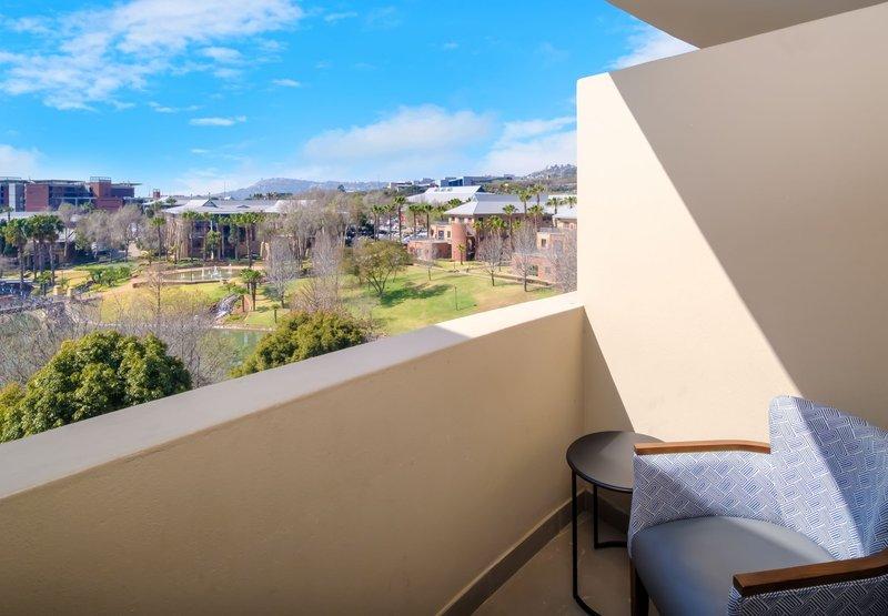 King Standard Guest Room - Balcony