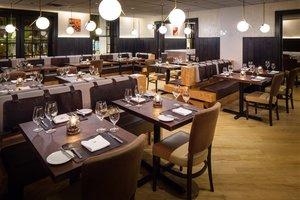 Restaurant - Adelphi Hotel Saratoga Springs